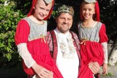 König mit Töchtern